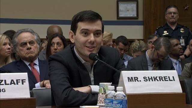 Watch CBS Evening News Season  - Reviled pharmaceutical CEO Shkreli outdoes himself Online