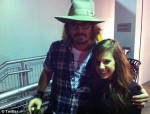 Johnny Depp gets Bieber fever at concert