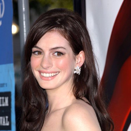 Anne Hathaway Glee