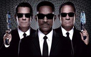 Weekend Movie Trailers & Reviews: 'Men in Black III' Is Good (Not Great) Fun