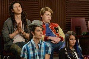 'Glee' Season 3, Episode 20 Recap & Song List - 'Props'