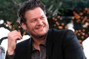 Blake Shelton of 'The Voice' Wishes Simon Cowell Wouldn't 'Bitch and Moan'