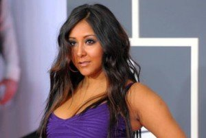 Pregnant Snooki Leaves 'Jersey Shore' House (Thank God)