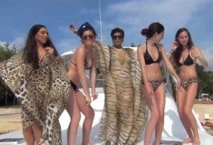 Kardashian Family Makes A Notorious B.I.G. Music Video
