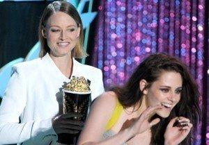 Jodie Foster In Kristen Stewart's Corner, Defends Her Privacy