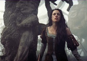 'Snow White and the Huntsman' Extended Clip: Kristen Stewart, Action Heroine