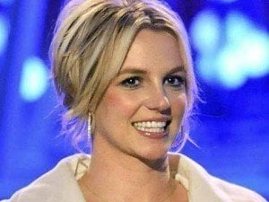 Britney Spears, Fiance Settle Into $8.5-Million New Home (Photos)