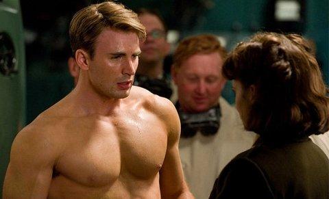 'Captain America' Chris Evans Has Sleep-over With GQ Reporter; Tony Stark Says, 'Atta Boy!'