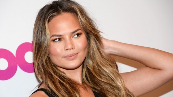 Chrissy Teigen Cooks in the Nude in Daring Pic