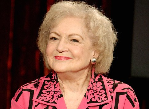 Betty White To Get Royal Treatment For 90th Birthday