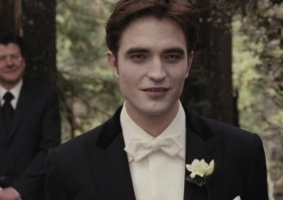 Weekend Movie Trailers and Reviews: 'Breaking Dawn' Meets 'Happy Feet' and 'The Descendants'