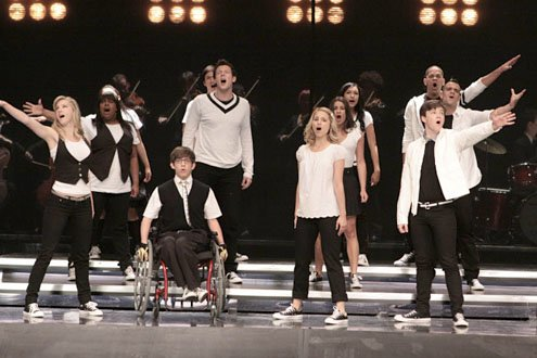 Watch a Sneak Peek of 'Glee Live 3D!' in Concert (VIDEO)