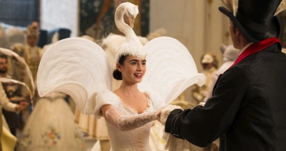 Watch Lily Collins as Snow White in the 'Mirror Mirror' Trailer