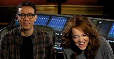 Watch Emma Stone Get Weird with Fred Armisen in 'SNL' Promos