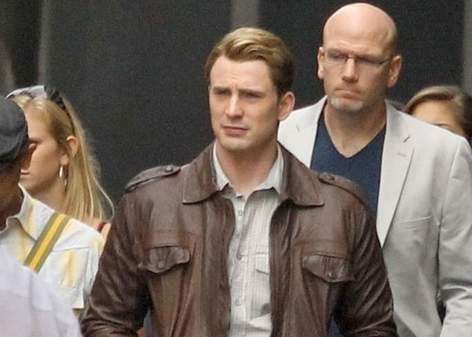 'The Avengers': New Set Photos and Videos (Includes Things Exploding!)