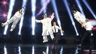 Watch America's Got Talent Season 11 Episode 16 - Live Performances 3 Online