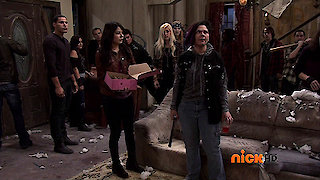 Watch iCarly Season 6 Episode 10 - iRescue Carly Online