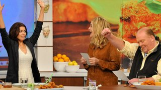 Watch The Chew Season 5 Episode 151 - Buzzworthy Bites Online