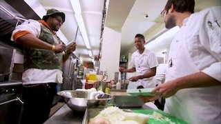 Watch Chef Roble & Co. Season 2 Episode 8 - Chrissy's Crabtacula... Online