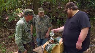 Watch Moonshiners Season 7 Episode 101 - Codes of the Craft Online