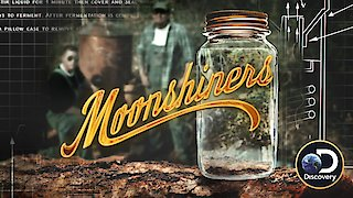 Watch Moonshiners Season 7 Episode 1 - Snake Bitten Online