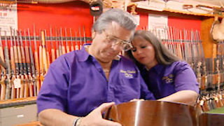 Watch Cajun Pawn Stars Season 4 Episode 5 - Yankee Magic Online