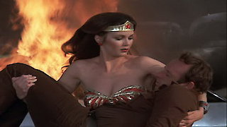 Watch Wonder Woman Season 3 Episode 19 - The Girl with a Gift... Online