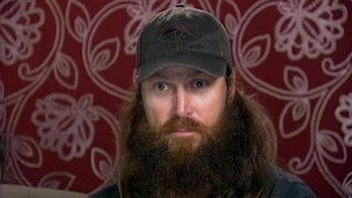 Watch Duck Dynasty Season 10 Episode 4 - Father Knows Pest Online