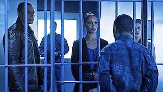 Watch Arrow Season 4 Episode 11 - A.W.O.L. Online