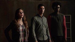 Watch Arrow Season 5 Episode 3 - A Matter of Trust Online