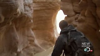 Watch Man vs. Wild Season 7 Episode 4 - Red Rock Country Online