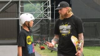 Watch Camp Woodward Season 6 Episode 5 - Don't Mess With Chuc... Online