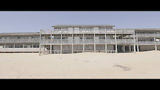 Watch Hotel Impossible Season 9 Episode 1 - Outer Banks-Ruptcy Online