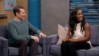 Watch Comedy Bang! Bang! Season 404 Episode 1 - Uzo Aduba Wears a Wh... Online