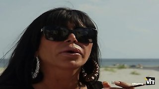 Watch Big Ang Season 1 Episode 5 - Big Bust Online