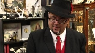 Watch Oddities: San Francisco Season 2 Episode 10 - Give the Dog His Bon... Online