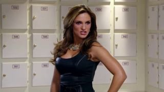 Watch Por Ella Soy Eva Season 1 Episode 161 -  Pasaportes Falsos Online