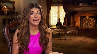 Watch The Real Housewives of New Jersey Season 7 Episode 6 - Swimming With the Ge... Online