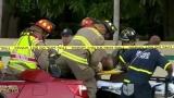 Watch Primer Impacto Season  - Auto Incrustado Bajo la Parte Trasera de un Autobs Escolar en Florida Online