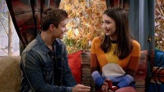Watch Girl Meets World Season 3 Episode 9 - Girl Meets Ski Lodge... Online