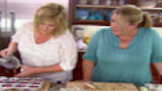 Watch Trisha's Southern Kitchen Season 2 Episode 1 - A Wedding Shower to ... Online