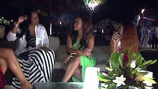 Watch Married to Medicine Season 3 Episode 13 - Bahama Mamas Online