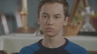 Watch The Fosters Season 4 Episode 3 - Trust Online