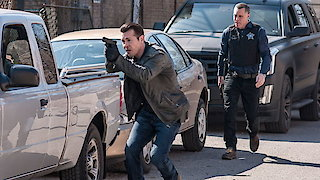 Watch Chicago PD Season 3 Episode 22 - She's Got Us Online