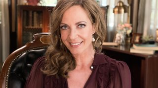Watch Web Therapy Season 4 Episode 8 -  The Royal Treatment Online