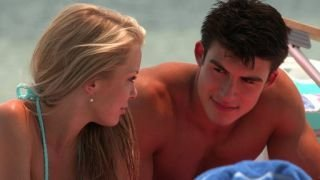 Watch The Vineyard Season 1 Episode 3 - Hook-ups and Let-Dow... Online