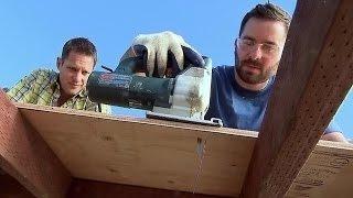 Watch Yard Crashers Season 14 Episode 10 - Modern Splash Bar Online