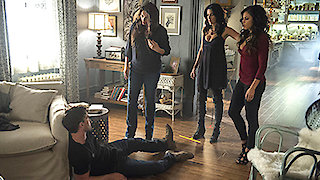 Watch Witches of East End Season 2 Episode 9 - Smells Like King Spi... Online