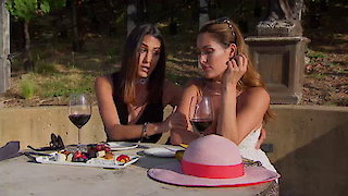 Watch Total Divas Season 6 Episode 7 - A Win-Wine Situation Online