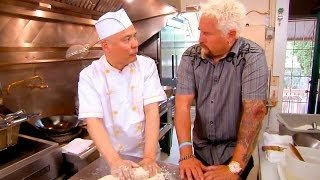 Watch Diners, Drive-Ins and Dives Season 24 Episode 6 - Comfort Food Mash-Up Online